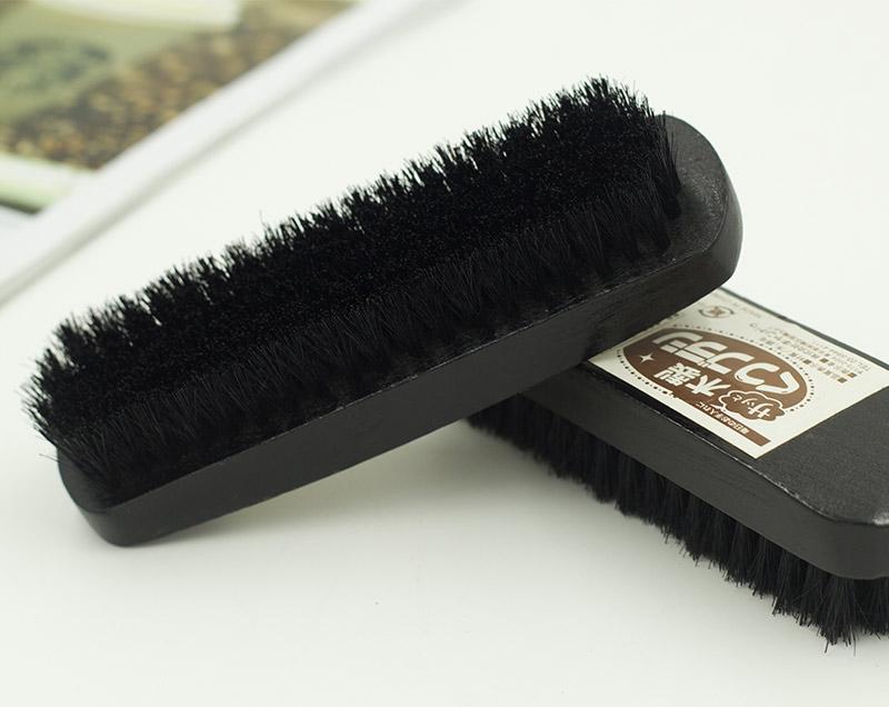 黑色猪毛木制鞋刷